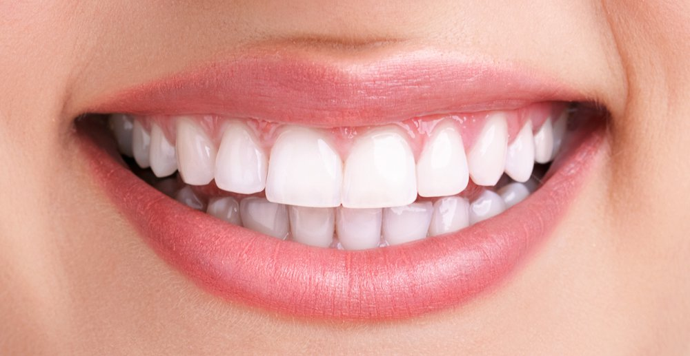 healthy teeth smilie O2Dental Dentist Vancouver